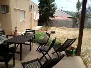 2012-05-25 hinterm Haus